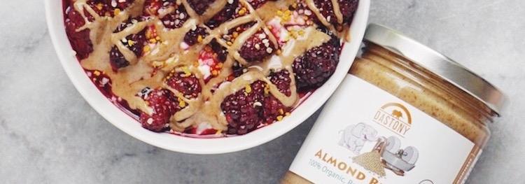 Heart Warming Blackberries and Cream Oatmeal