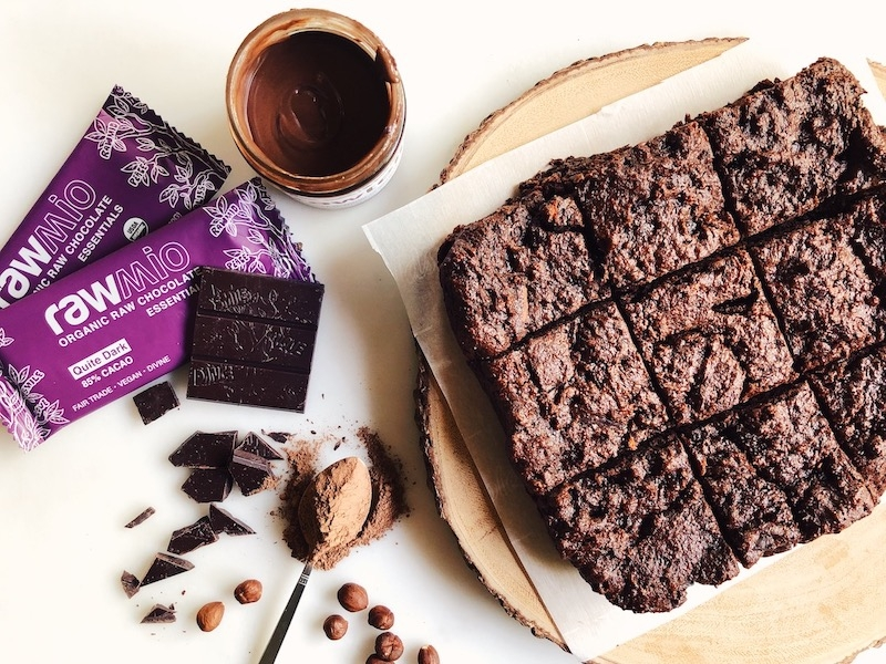 Vegan, Gluten-Free Rawmio Brownies